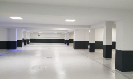 Finition peinture garage Meribel